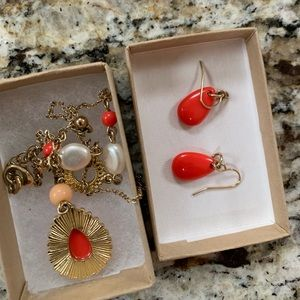 Jewelry - Necklace and earrings gold tone with coral stones